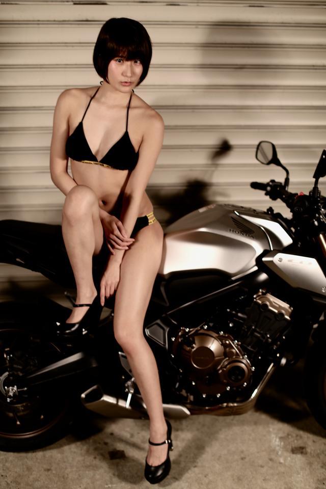 画像2: 【Beauty & Bike】うさことCB650R Vol.07