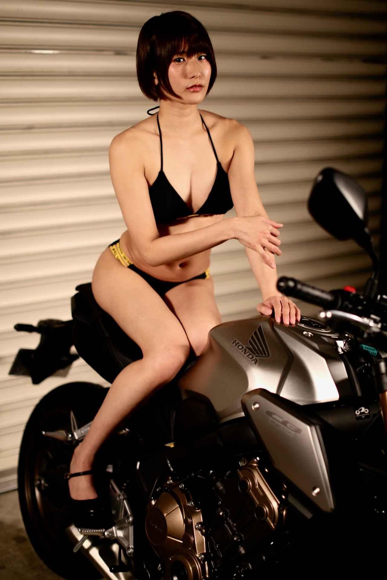 画像1: 【Beauty & Bike】うさことCB650R Vol.10