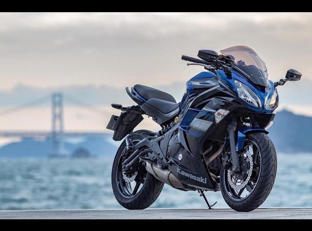 画像: 上品なカラーもやっぱりクラス最高レベルカワサキ Ninja400の一枚。【グラカワインスタ投稿紹介vol.31】 - LAWRENCE - Motorcycle x Cars + α = Your Life.