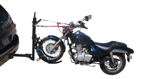 画像: 海外にはいろんな製品がありますが、要するにこういうカンジで2輪車を牽引するわけです。 canoekayaktrailers.com