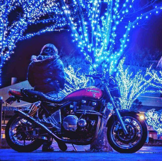 画像: イルミネーションに浮かび上がるZEPHYR1100の幻想的な一枚。【グラカワインスタ投稿紹介vol.32】 - LAWRENCE - Motorcycle x Cars + α = Your Life.