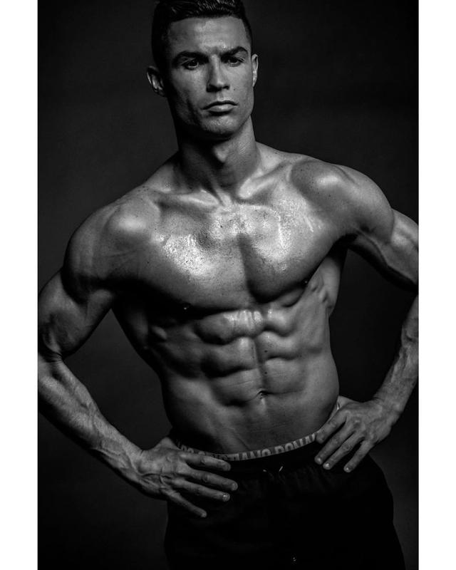 """画像1: Cristiano Ronaldo on Instagram: """""""" www.instagram.com"""