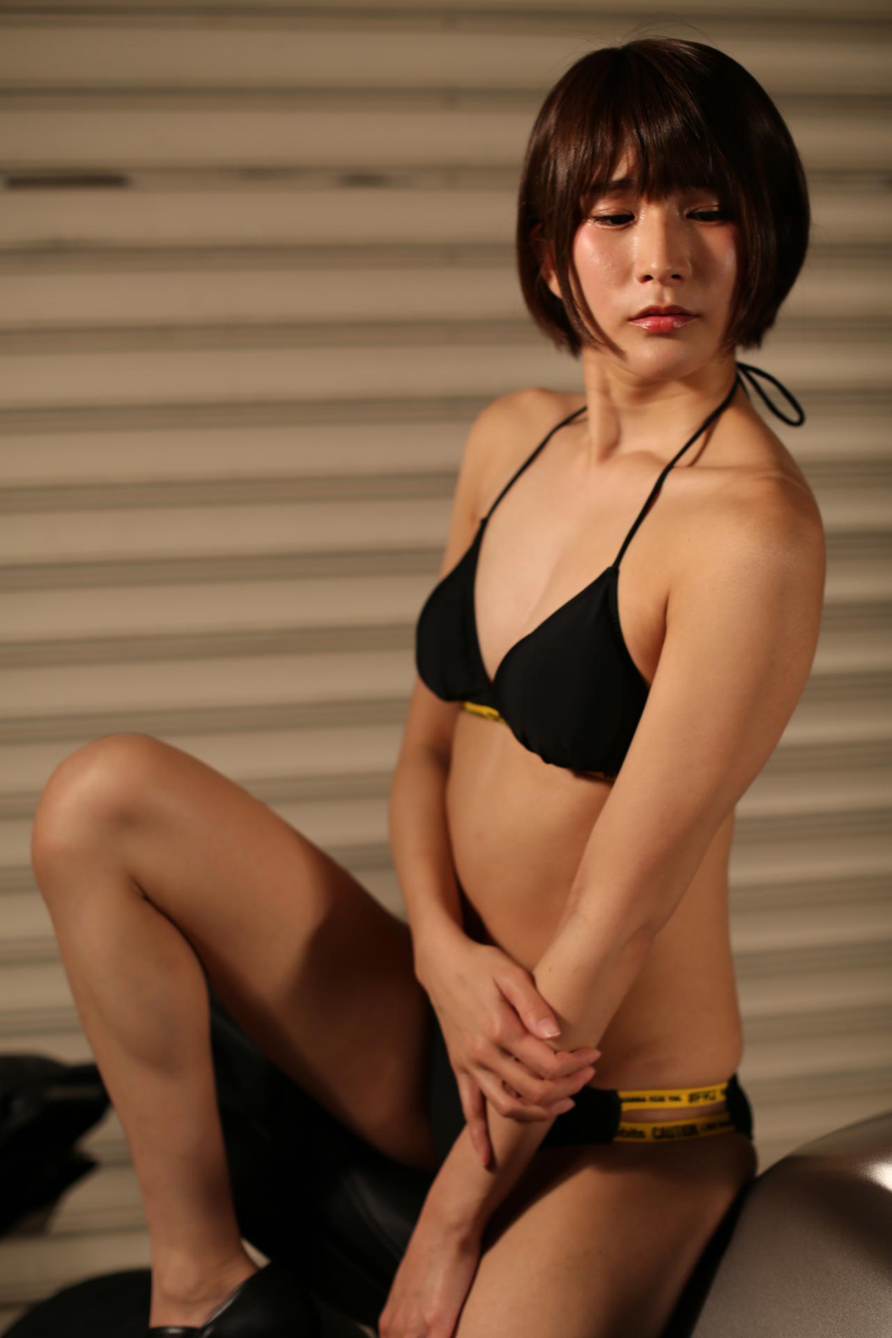 画像2: 【Beauty & Bike】うさことCB650R Vol.22