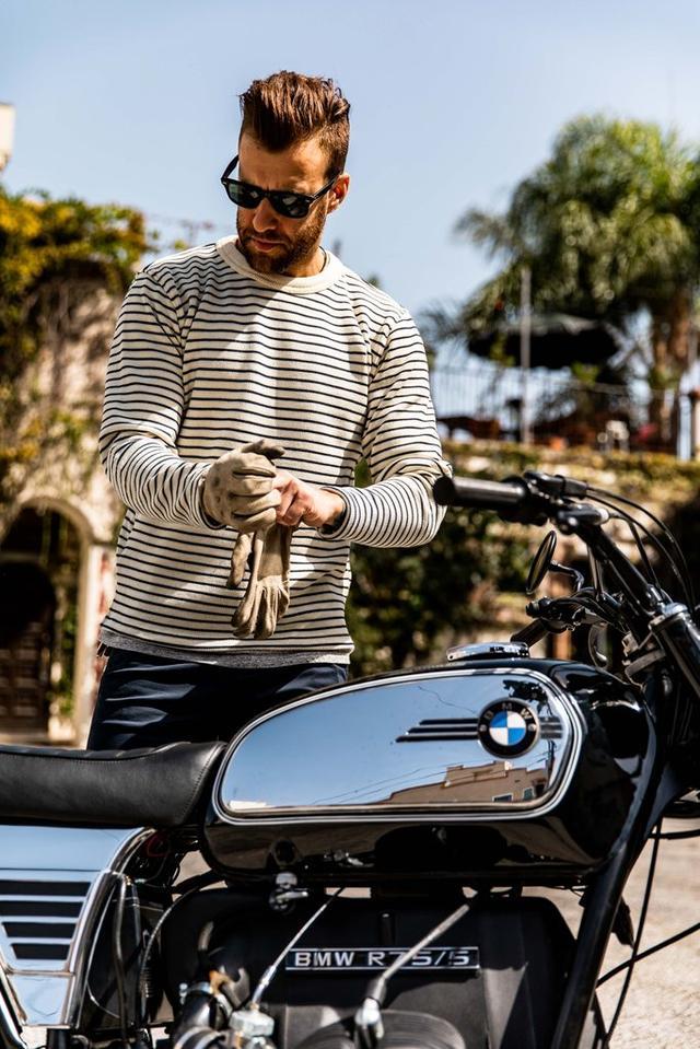 画像: サングラスを着けて、BMWに乗る私のイメージ図(その2)。 ※あくまでイメージです? roughchild.net