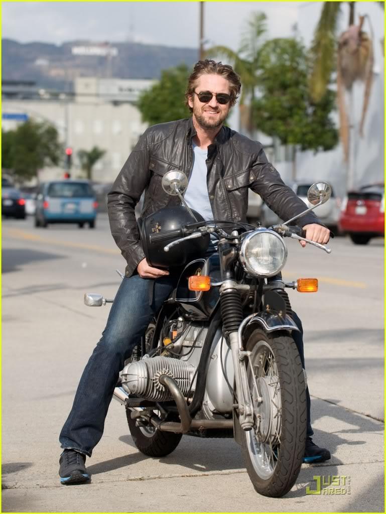 画像: サングラスを着けて、BMWに乗る私のイメージ図(その1)。 ※あくまでイメージです? gerrybutlerspantry.aforumfree.com