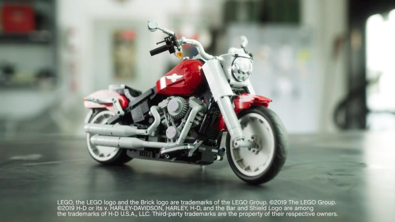 画像: LEGOクリエイター・エキスパートの新製品として発売されるファットボーイ。実車のディティールを上手く再現していますね。 www.brothers-brick.com