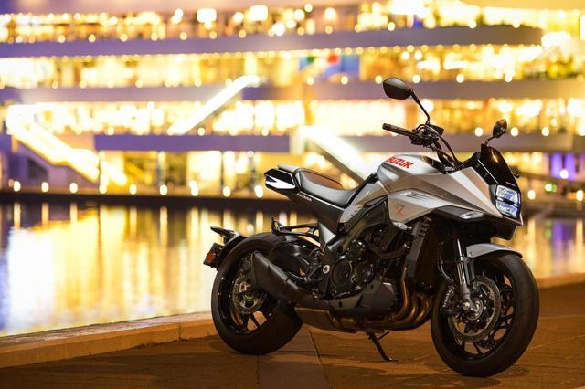 画像1: それを『KATANA』と呼ぶべきか? - LAWRENCE - Motorcycle x Cars + α = Your Life.