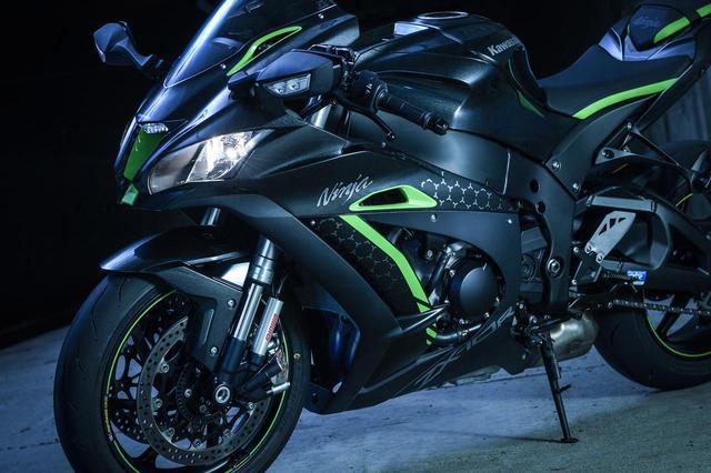 画像: なに!? 『電サス』プレゼント……だとっ!? と思ったら、さすがカワサキ、他とは違いました。 - LAWRENCE - Motorcycle x Cars + α = Your Life.