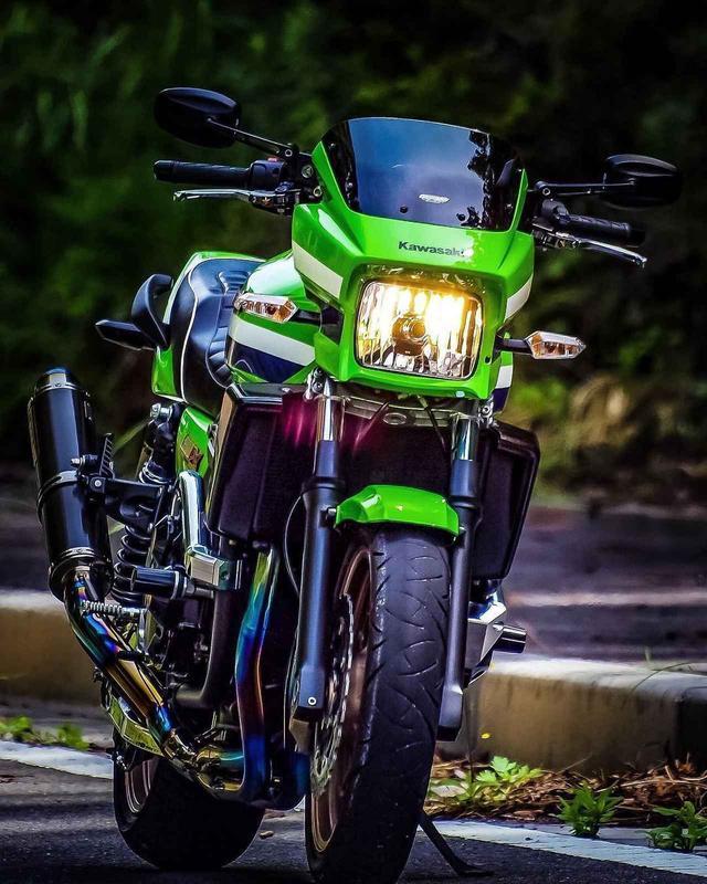 画像: カワサキ最高! ZRX1200DAEG【グラカワインスタ投稿紹介vol.43】 - LAWRENCE - Motorcycle x Cars + α = Your Life.