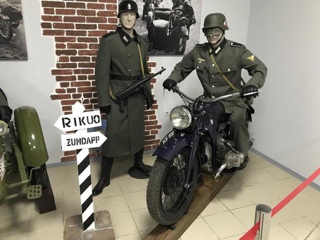 画像: BMWとともに、軍用車として活躍したドイツ製フラットツインがツゥンダップKS-600です。597ccで28馬力を発生するKS-600は当時の高性能車であり、1938年から1941年の間に18,000台が生産されたと言われています。