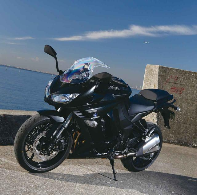画像: 最新テクノロジーの導入と細部の熟成でツアラー適性向上『KAWASAKI NINJA1000/ABS』(2014年) - LAWRENCE - Motorcycle x Cars + α = Your Life.
