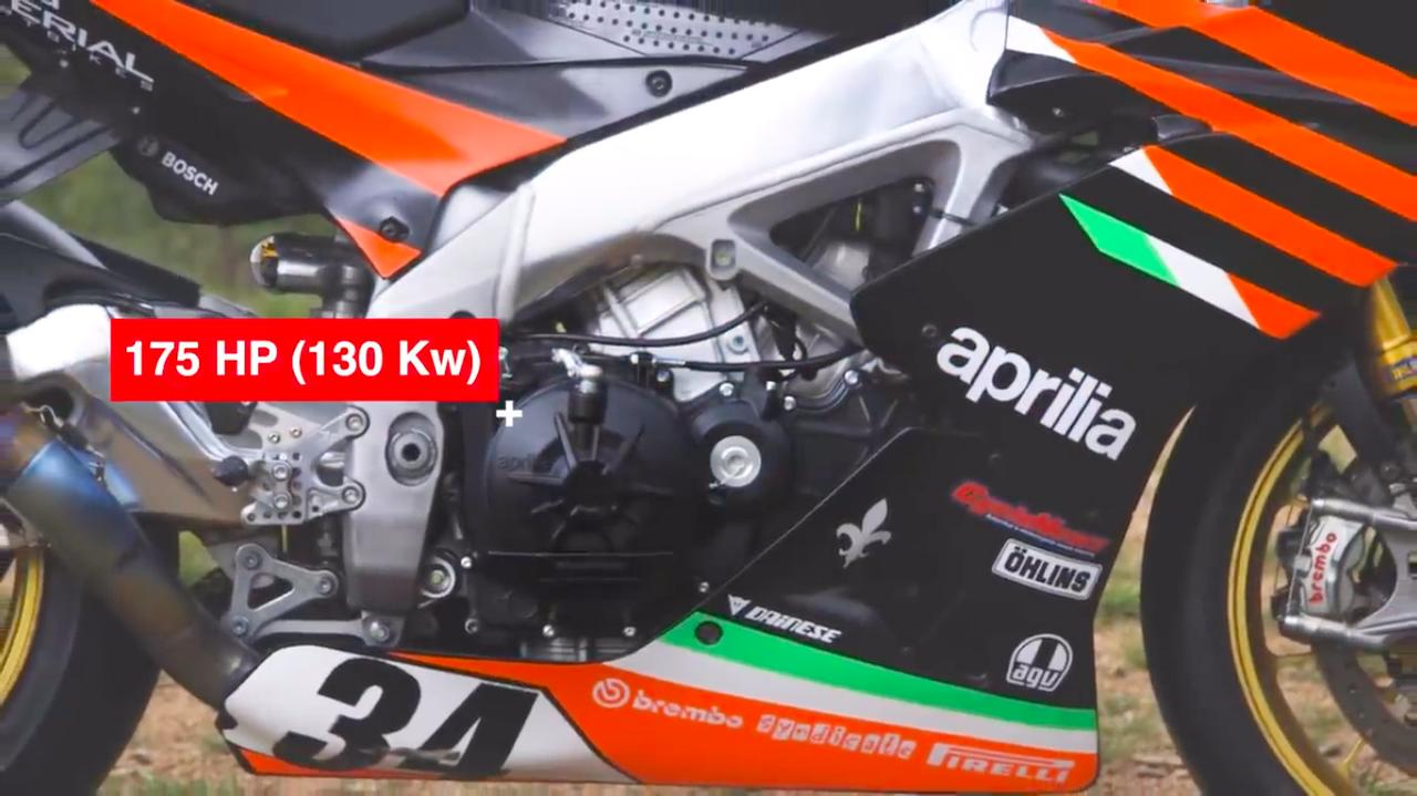 画像: 1077ccの排気量で、175馬力を発生するトゥオーノ・ファクトリーの水冷65度4Vの心臓部。 www.youtube.com