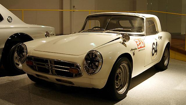 画像: 四国自動車博物館に過去展示されていた、ヨシムラチューンのエンジンを搭載するホンダS800。 www.vistanet.co.jp