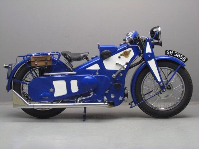 画像: アスコット・プリン500。プレス鋼板を主骨格としたユニークなモーターサイクルです。 www.yesterdays.nl