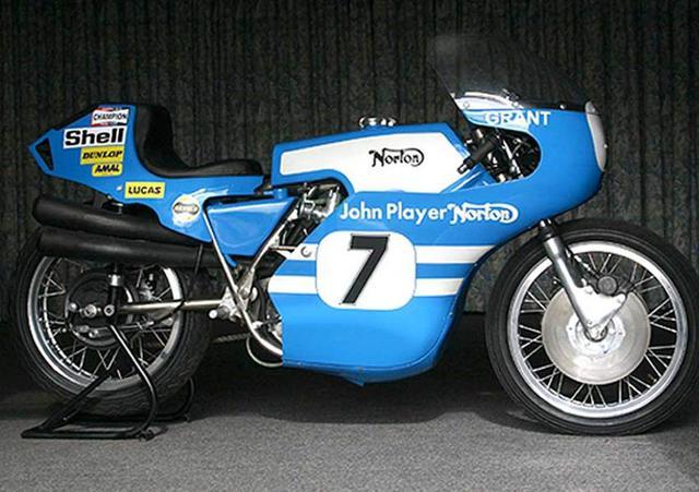 画像: 1972年型ジョン・プレイヤー・ノートンF750。フィル・リード、ピーター・ウイリアムス、ミック・グラントなどのライダーが起用されました。 www.bikesdoctor.com