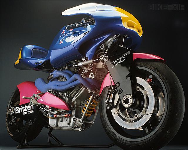 画像: ほかの何物にも似ていないデザインも、ブリッテンV1000の魅力です kickstart.bikeexif.com