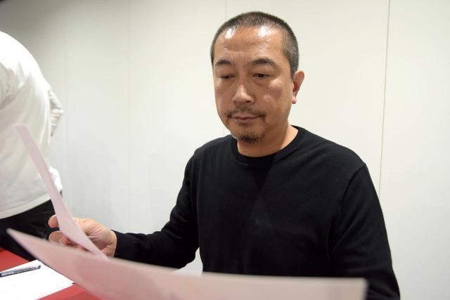 画像: 前川貴行(Takayuki Maekawa) 1969年東京生まれ。1997年 写真家、田中光常に師事。2000年より写真家としての活動を開始。日本、北米、アフリカ、アジア、中米、オセアニアなど、全世界をフィールドに野生動物の生きる姿をテーマに撮影を敢行。雑誌、写真集、展覧会の開催にも精力的に取り組み、多くのメディアで作品を発表している。 http://www.earthfinder.jp/