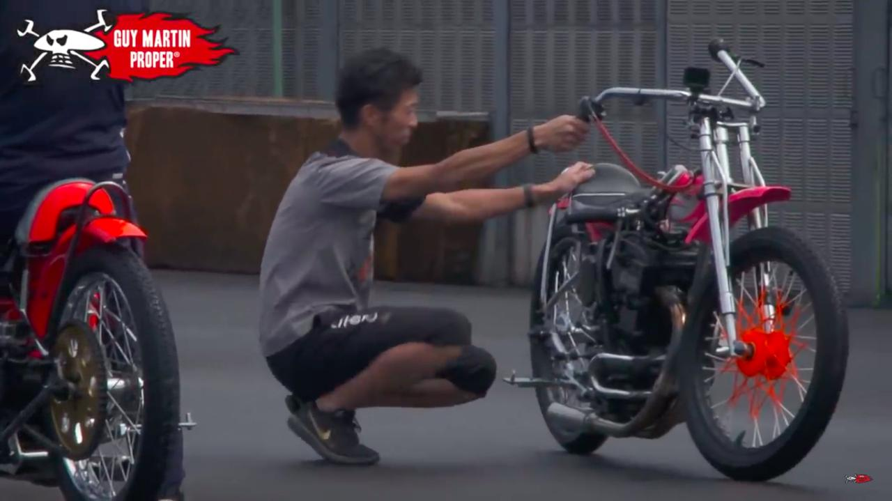 画像: そうです!! 青木治親選手その人です!! www.youtube.com