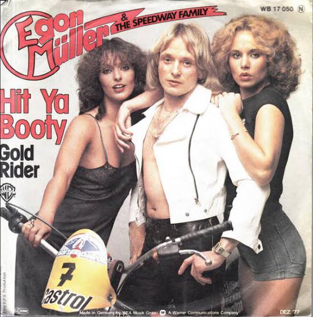 画像: エゴン・ミューラーは8度ドイツ選手権王者となり、ロングトラックの世界戦では4度、そして1983年のインディビジュアル世界王者となった英雄です。なおエゴン・ミューラーは5枚レコードを出すなど、当時アイドル的な人気を持つスター選手でもありました。 www.discogs.com