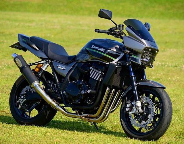 画像: カワサキ ZRX1200DAEG【グラカワインスタ投稿紹介vol.62】 - LAWRENCE - Motorcycle x Cars + α = Your Life.