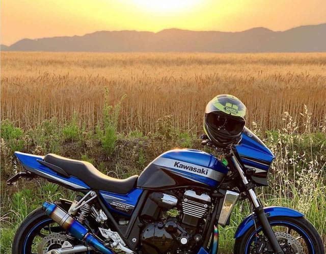 画像: 夕陽に輝く愛車!カワサキ ZRX1200DAEG【グラカワインスタ投稿紹介vol.69】 - LAWRENCE - Motorcycle x Cars + α = Your Life.