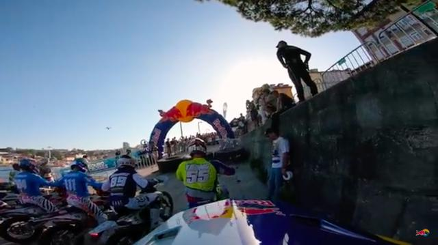 画像: スタート前・・・。激しいレースが始まる前の静寂です・・・。 www.youtube.com