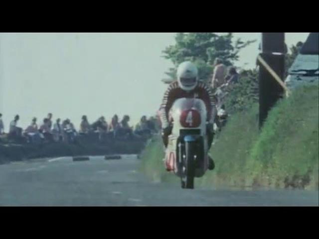 """画像: """"Mike The Bike"""" Hailwood - TT Legend - One Day In June - 1978 F1 Race youtu.be"""