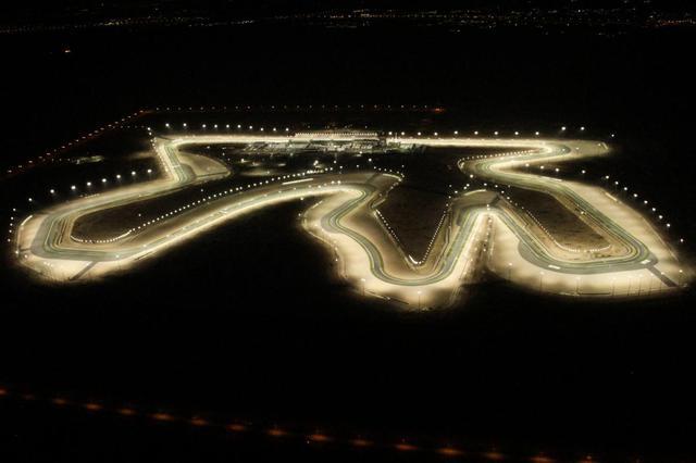 画像: 今シーズンのGP開幕の舞台、カタールのロサイルインターナショナルサーキット。 www.motogp.com