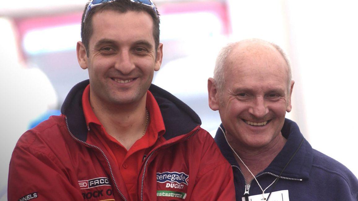 画像: T.ラッター(右)の息子であるマイケルは、9度のマカオGP制覇、6度のマン島TT制覇を果たしたライダーとして現役で活躍中です。 www.iomttraces.com