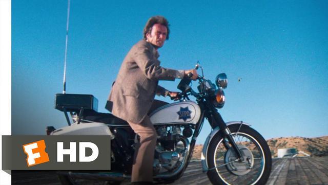 画像: Magnum Force (9/10) Movie CLIP - Motorcycle Escape (1973) HD youtu.be
