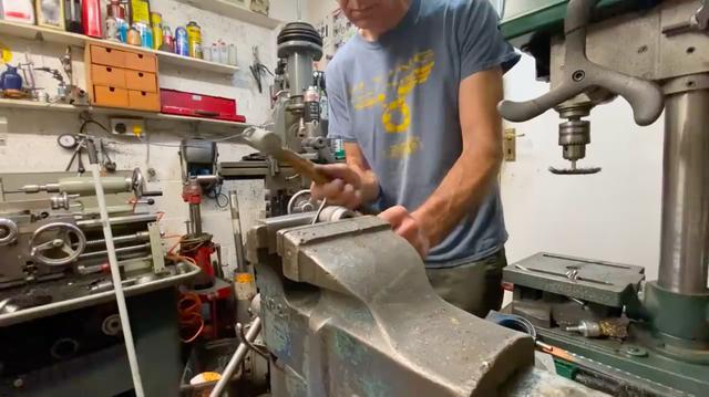 画像: カバーの隅を丸くするには・・・? この辺りは大いに勉強になりますね。 www.youtube.com