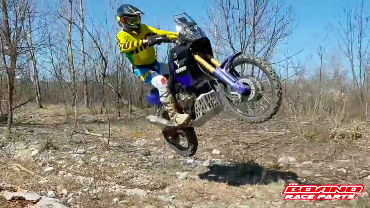 画像: 飛びます!! 飛びます!! (©︎坂上二郎?) www.youtube.com