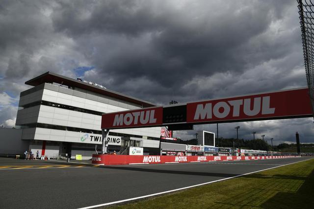 画像: MotoGPクラスにワークス参戦するホンダ、ヤマハ、スズキにとってはホームGPとなるツインリンクもてぎでの一戦ですが、2020年は1987年(鈴鹿)で開催再開してから以来、初めて日本でGPが開催されない年となりました・・・。 www.motogp.com