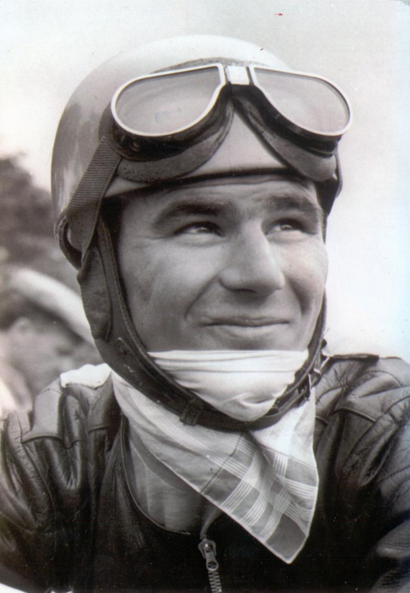 画像: 1960年、引退の年のC.ウビアリ。 www.motogp.com