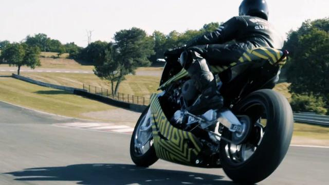 画像: AMB 001 by Aston Martin and Brough Superior begins Dynamic Testing youtu.be