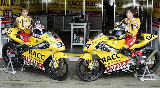 画像: スペイン選手権・・・少年時代のM.マルケスとP.エスパルガロ。ふたりは小さいころから、ライバルとして切磋琢磨してきました。 tmcblog.com