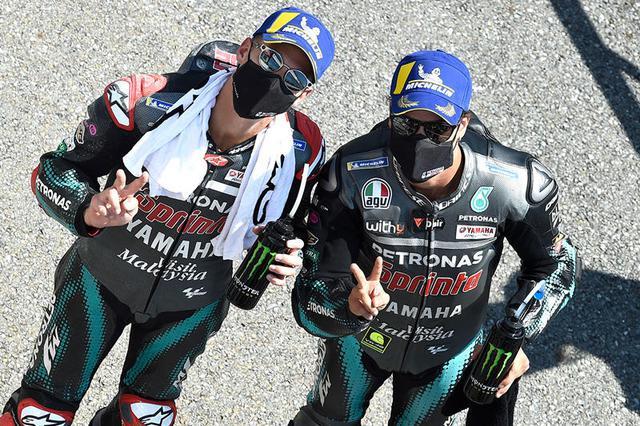 画像: 予選2位、3位となったF.クワルタラロとF.モルビデリ。ヤマハサテライトが、ヤマハワークスよりも予選で上に行くのも、近年は珍しくなくなった光景です。 race.yamaha-motor.co.jp