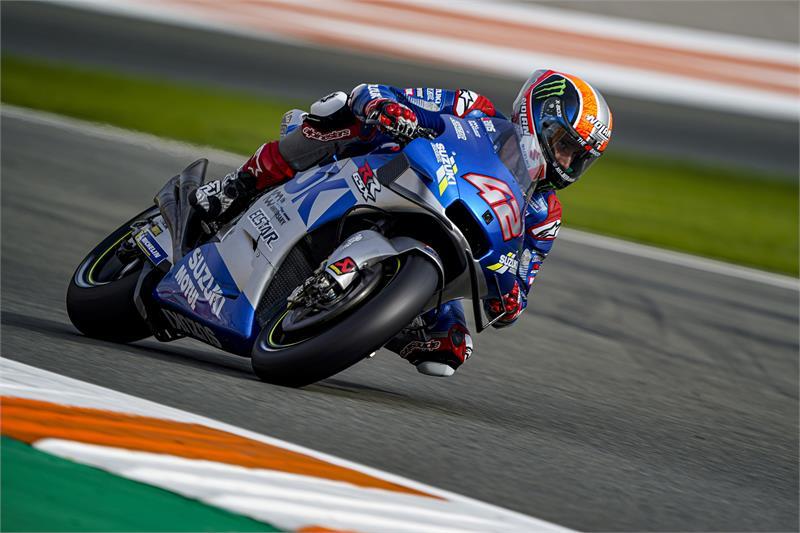 画像: J.ミルのチームメイトであるA.リンス。終盤のスズキ勢の好調ぶりから、ライダー、コンストラクターズ、チームのスズキ三冠も現実味を帯びてきました。 www.suzuki-racing.com