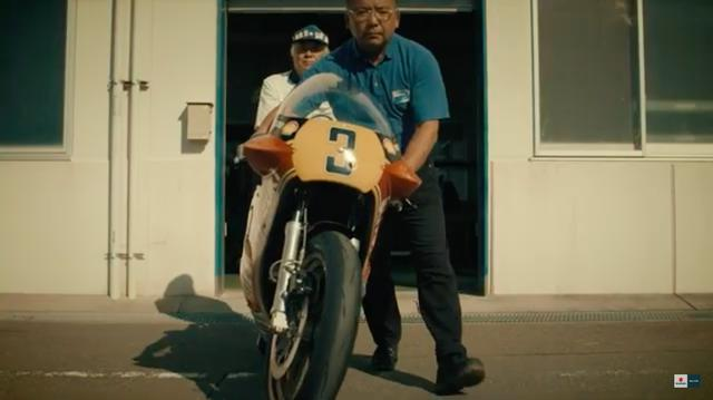 画像: シャシーダイナモでの始動テストを終え、いよいよ実走です! www.youtube.com