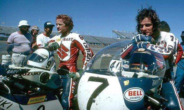 画像: デイトナ200マイルで、ともにスズキのワークスチームの一員として走ったG.ニクソン(左)とB.シーン。 www.pinterest.cl