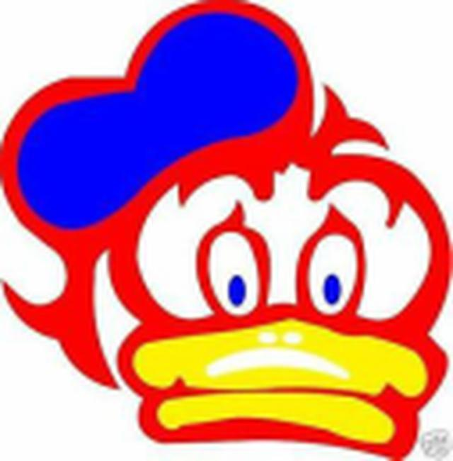 画像: こちらが皆さんお馴染みの、バリーのヘルメットに描かれた、某有名キャラクターです。 www.barrysheene7.com