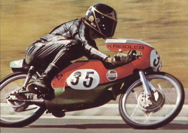 画像: 1971年、GP50ccクラスでファン・フィーン・クライドラーを駆るB.シーン。 www.pinterest.jp
