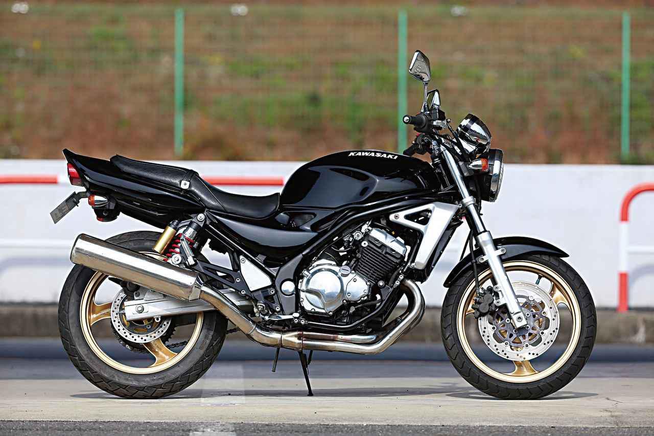 画像: 1997年にデビューし、2007年までラインアップに留まったカワサキ バリオスⅡ。 www.autoby.jp
