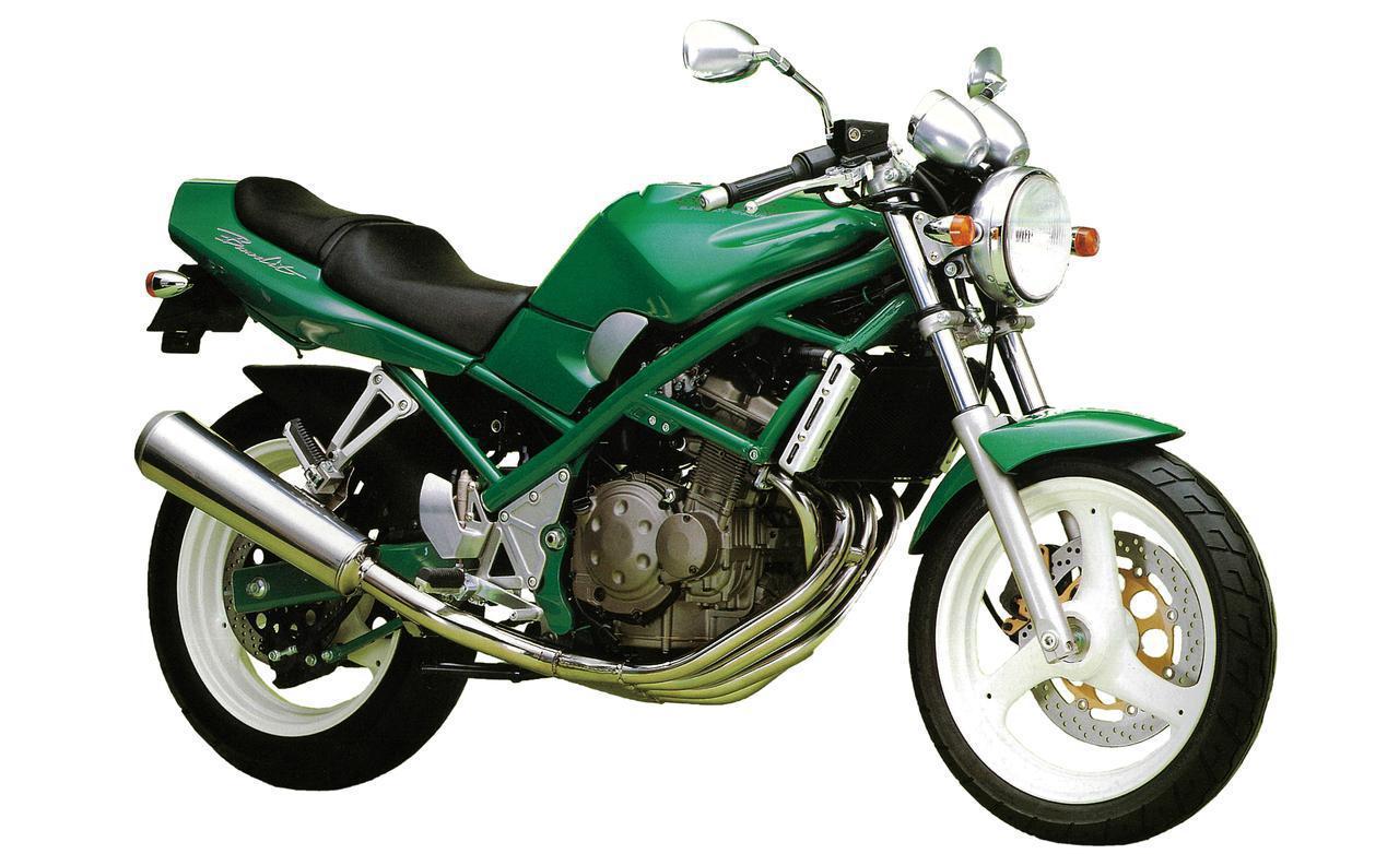画像: 1989年に初代が登場したスズキバンディット250。バンディット系モデルは1990年代に人気があった、250ccネイキッドモデルのひとつです。 www.autoby.jp