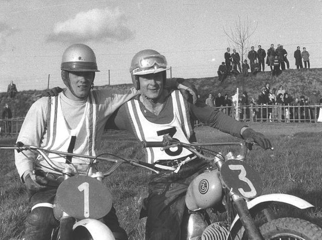 画像: 1965年、J.ロベール(左)とV.アルベコフ。マシンはともに、チェコのCZです。 www.fim-live.com