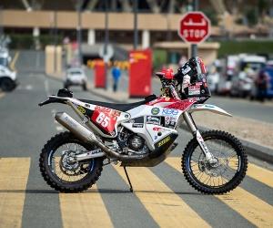 画像: F.ピコのハスクバーナ450ラリー。オールドファン的には、ヤマハでないのが残念? www.dakar.com