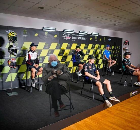 画像: 他のライダーの軽装ぶりとのギャップに、無理がありすぎなところが好きです(笑)。 www.facebook.com