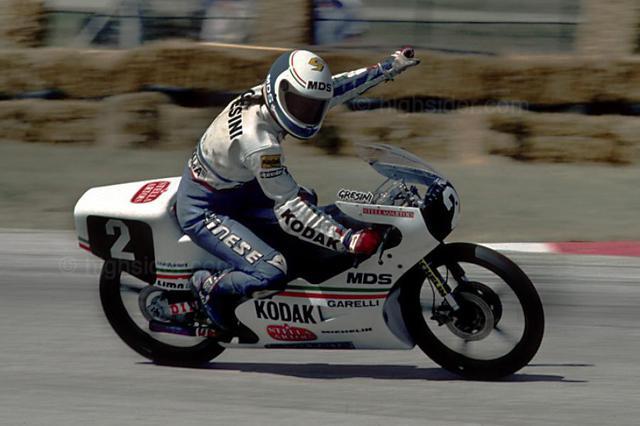画像: 1987年、2度目のGP125ccクラス王者となったF.グレシーニ(ガレリ)。 www.gpone.com