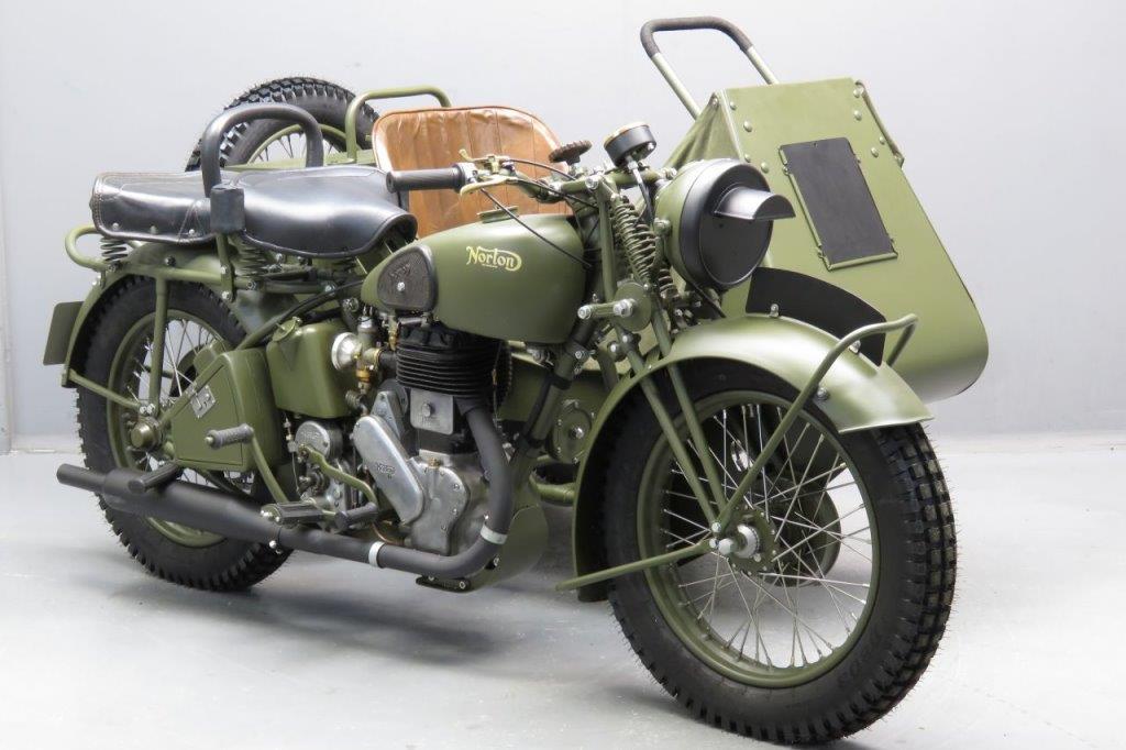 画像: 英国軍に採用された、1941年型ノートンのビッグ4サイドカー。エンジンは633cc単気筒を採用しています。最初にテスト用に納入されたプロトタイプは、1938年に15台を製作。そして正式採用車が戦中に約4,500台が製造されることになりました。 www.yesterdays.nl
