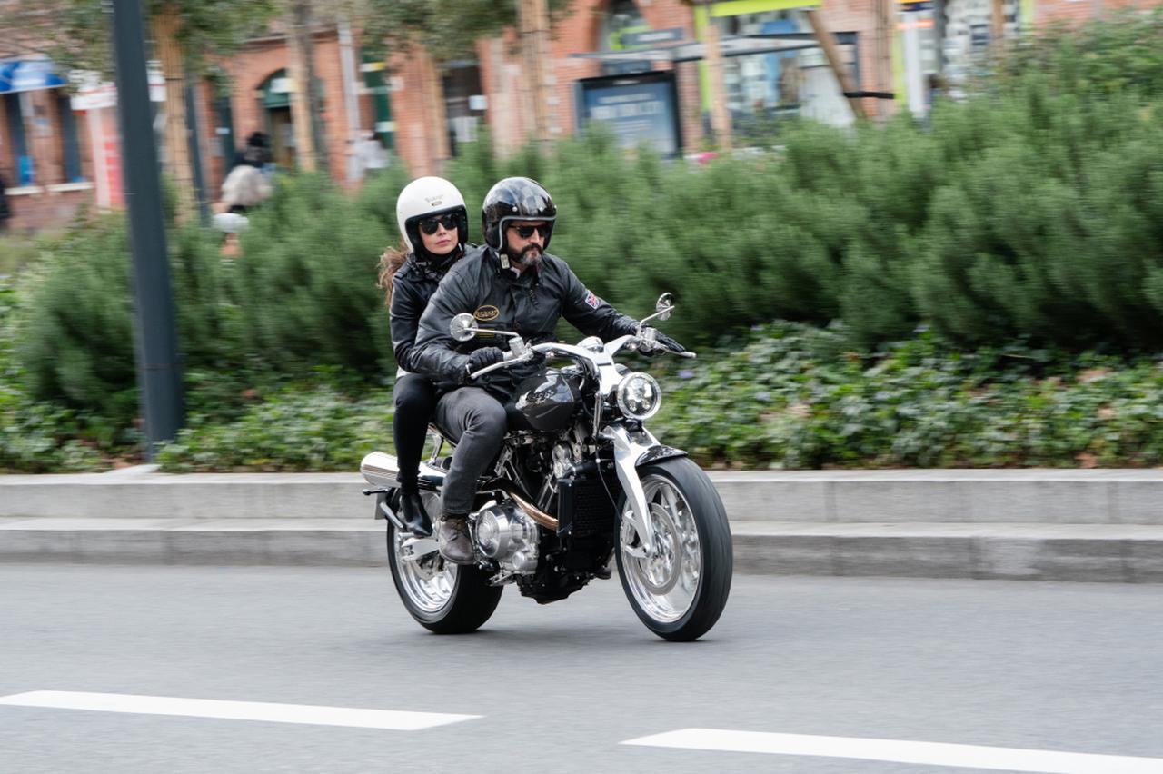 画像: www.broughsuperiormotorcycles.com
